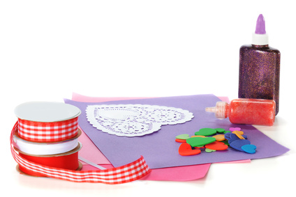 Kids Crafts | Making Your Own Valentines